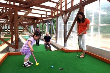 【期間限定】クリスマス&正月は「パットゴルフ松山」でお得にプレイ!